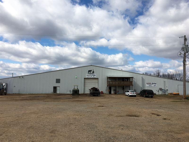 Multipurpose Arena / Rodeo : Lebanon : Laclede County : Missouri