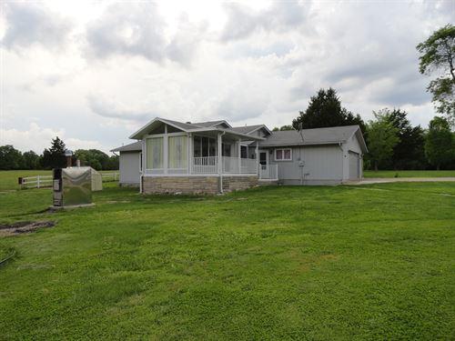Mini Farm Camden County Missouri : Montreal : Camden County : Missouri