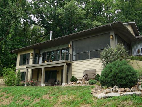 Luxury Cabin Recreational Land : New Franklin : Howard County : Missouri