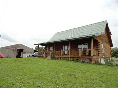 Log Home 52.90 Acres Salem : Salem : Dent County : Missouri