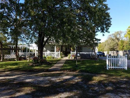 Country Home For Sale Savannah MO : Savannah : Andrew County : Missouri