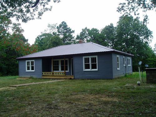 Farmhouse 27 Acres Southeast : Lowndes : Wayne County : Missouri
