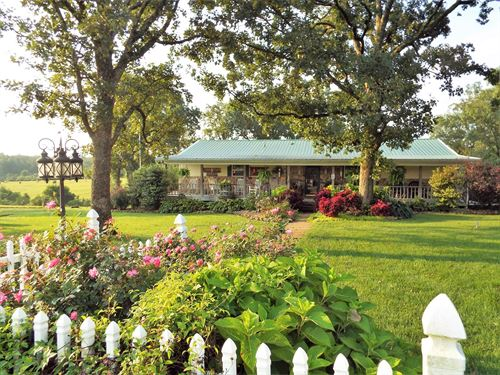 Dual Purpose MO Ozark Farm : Stoutland : Camden County : Missouri