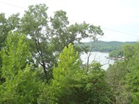 5 Acres Lake View Lakefront Lot : Stover : Morgan County : Missouri