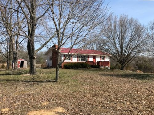 Completely Remodeled Home 4.6-Acres : Willow Springs : Howell County : Missouri