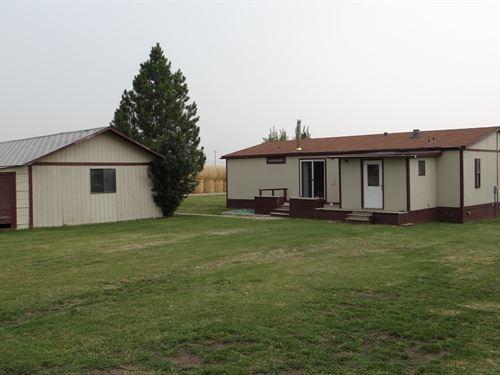 Home, Shop & Corrals 3 Acres Judith : Garneill : Fergus County : Montana