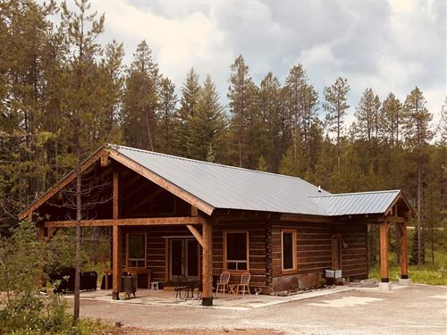 Log Home Airbnb/Vrbo : Coram : Flathead County : Montana