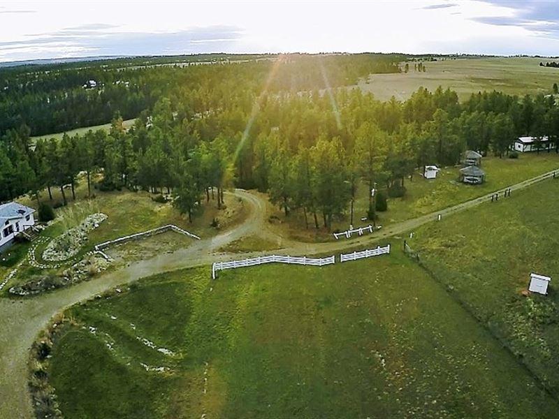 Montana Sustainable Hobby Ranch : Lavina : Musselshell County : Montana