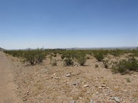 1 Acres Base Florida Mountains : Deming : Luna County : New Mexico