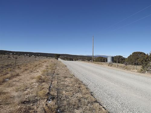 Edgewood NM Residential Land : Edgewood : Santa Fe County : New Mexico