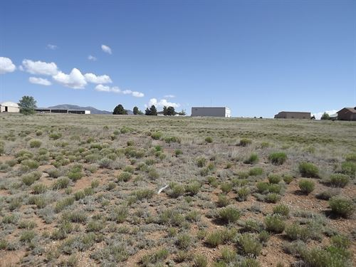 1.92 Acre Lot Sandia Airpark : Edgewood : Santa Fe County : New Mexico
