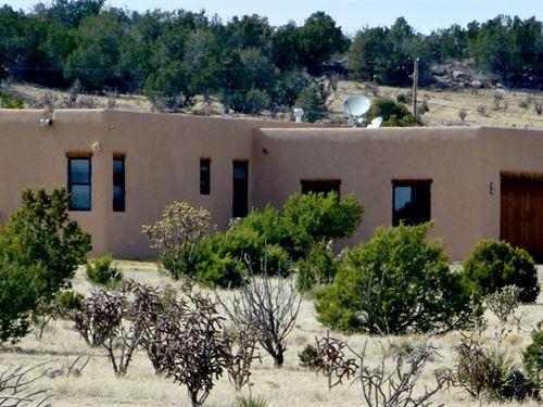 Central NM Mountain Home Property : Estancia : Torrance County : New Mexico