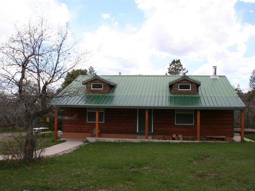 Nr Chama Nm, Retreat, Homes, River : Tierra Amarilla : Rio Arriba County : New Mexico