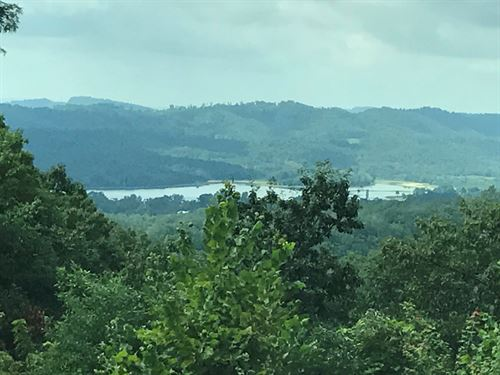 Beautiful Lot Overlooking Cherokee : Bean Station : Grainger County : Tennessee