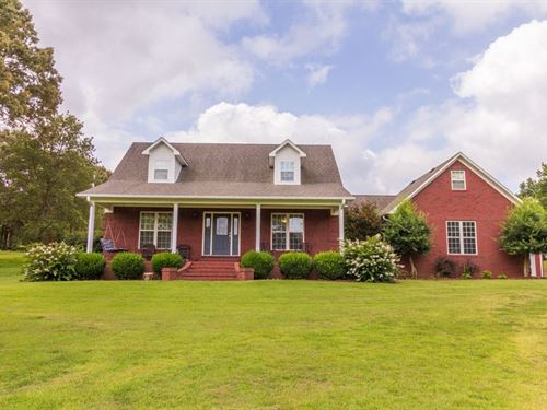 Gorgeous Brick Home 3 Acres Bethel : Bethel Springs : McNairy County : Tennessee