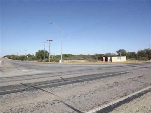 Commercial Building Tract Lake : Brownwood : Brown County : Texas