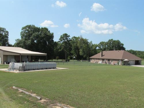Country Home, Vineyard, Huge Metal : Gilmer : Upshur County : Texas