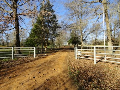 Cherokee County Country Home : Jacksonville : Cherokee County : Texas