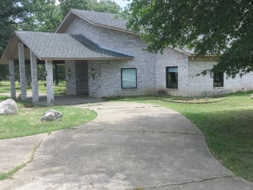 Hunting Ranch Lodge Bowie County : Simms : Bowie County : Texas