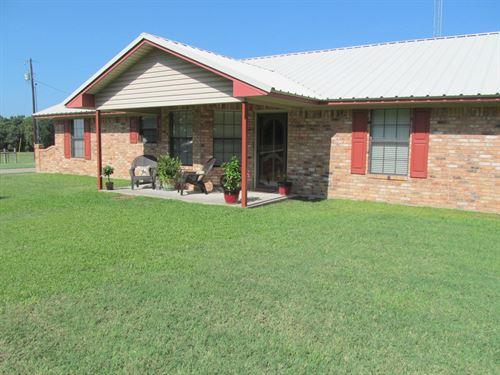East Texas Country Home, Shop : Winnsboro : Wood County : Texas
