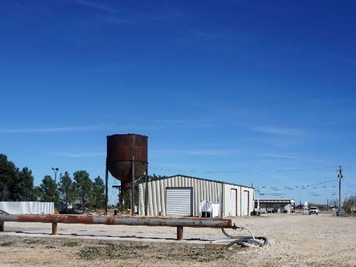Oil Field Income Property Water : Fort Stockton : Pecos County : Texas