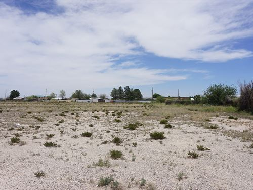 Prime Location, Land, Multiple Lots : Fort Stockton : Pecos County : Texas