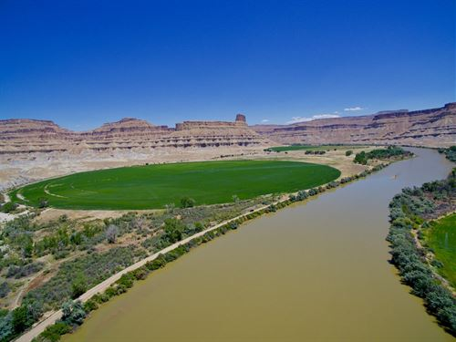 Utah Ranch Excellent Water Rights : Green River : Emery County : Utah