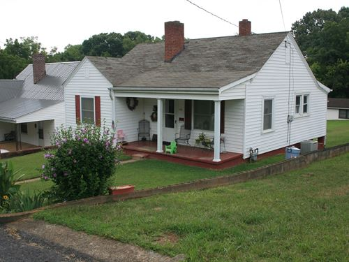Cottage Style Home Located Henry : Martinsville : Henry County : Virginia