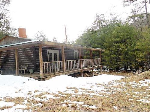 Cabin on 15+ Acres in Wythe Co, VA : Max Meadows : Wythe County : Virginia