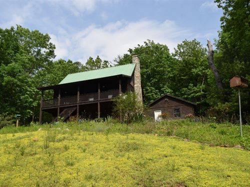 Recreational Log Home Stuart VA : Stuart : Patrick County : Virginia