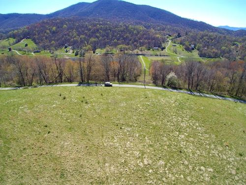 Land Views Blue Ridge Mountains : Independence : Grayson County : Virginia