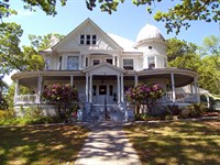 Historic Home For Sale : Independence : Grayson County : Virginia