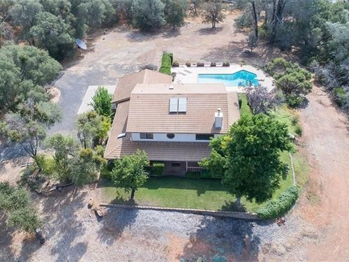 Luxury Country Lake Home Pool 5 : Oroville : Butte County : California