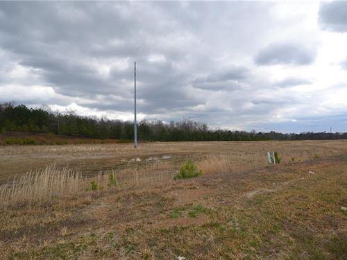 Located High Traffic Area, Jasper : Jasper : Pickens County : Georgia