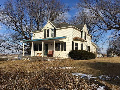 Adair County Iowa Country Home : Adair : Iowa