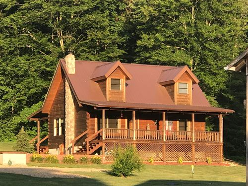 Log Home, Southern Style Custom : Columbia : Adair County : Kentucky