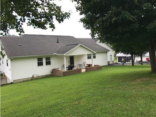 Farm, Home, Barns Oil Wells : Burkesville : Cumberland County : Kentucky