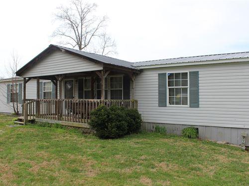 Mini Farm In Central Kentucky : Hustonville : Lincoln County : Kentucky