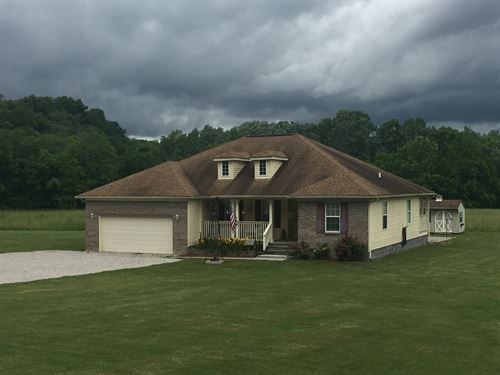 Country Home Barn/Pond/Pasture : Liberty : Casey County : Kentucky