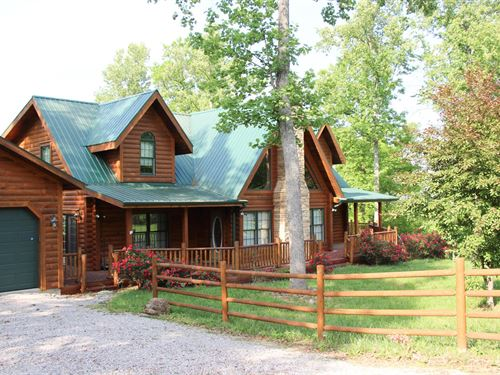 Stunning Log Home Central KY 50 : Middleburg : Casey County : Kentucky