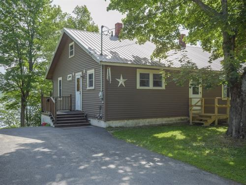 Maine Lakefront Home in Lincoln : Lincoln : Penobscot County : Maine
