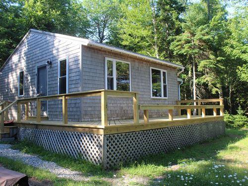 Maine Coastal Country Home Lubec : Lubec : Washington County : Maine