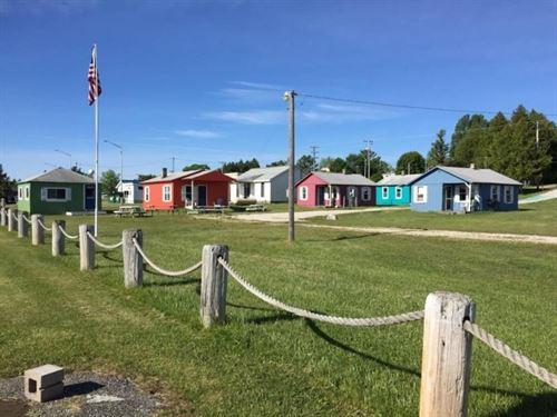 Northern MI River Bend Resort UP : De Tour Village : Chippewa County : Michigan