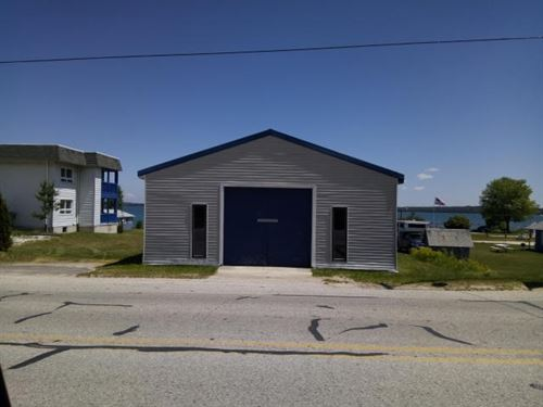 UP Riverfront Property St, Mary's : De Tour Village : Chippewa County : Michigan