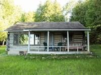 Waterfront Log Cabin/Cottage : Drummond : Chippewa County : Michigan
