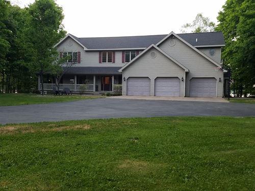 Upper Michigan Waterfront Home, 5 : Iron River : Iron County : Michigan