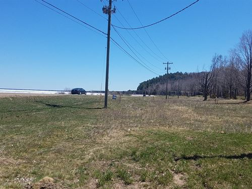UP Commercial Property, 16 Acres : Marquette : Michigan