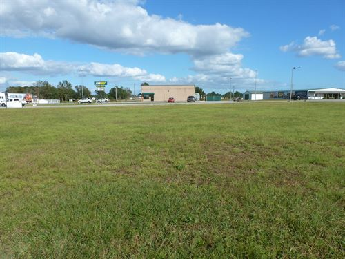 Prime Commercial Lot, Add'l Land : Beulaville : Duplin County : North Carolina