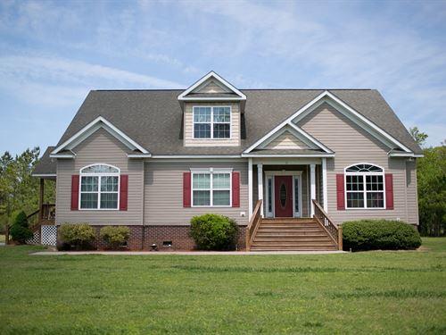 Spacious Home 4+ Acres Columbia, NC : Columbia : Tyrrell County : North Carolina