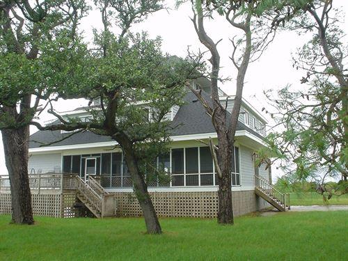 Hunting And Vacation Property : Corolla : Currituck County : North Carolina